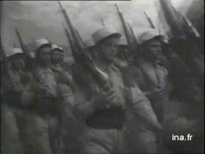 فيديو لجيش المستعمر الفرنسي اثناء اجتياحه للاراضي الخنيفرية