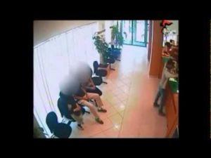 محاولة السطو على وكالة بنكية مغربية بميلانو من قبل عصابة إيطالية