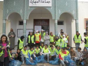 """جمعية الزهور للتقافة والمحافظة على البيئة تنظم حملة نظافة وتشجير بمدينة المهاية """"مكناس"""""""