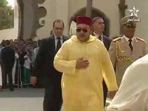 ماذا وقع للملك بعد خروجه من المسجد