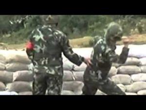 خطأ في رمي قنبلة يدوية كاد يودي بحياة جنديين صينيين