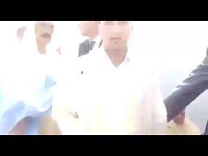 بوجدور: فيديو يوضح كيف تم طرد الإمام أثناء صلاة عيد الفطر لكثرة أخطائه