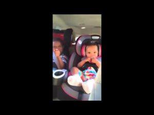 شاهد ردة فعل طفل بعد علمه بأن والدته تنتظر مولودا