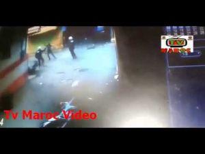 شاهد المواجهة التي وقعت بين مجرم خطير يحمل سيف و شرطة الصقور بمدينة سلا