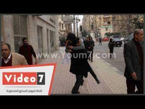 بالفيديو ... لحظة مقتل متظاهرة مصرية