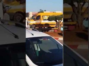 حادث انقلاب سيارة نقل مدرسي بمكناس بعد اصطدامها بسيارة
