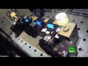 فيديو جديد لأحد منفذي تفجيرات سريلانكا يظهر لحظة تفجير في فندق كينغسبري