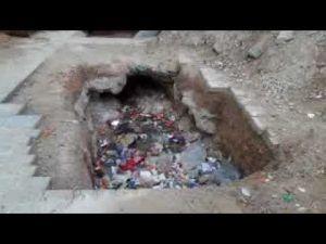 ساحة لهديم ومآثر تاريخية بمكناس تتحول الى مزبلة